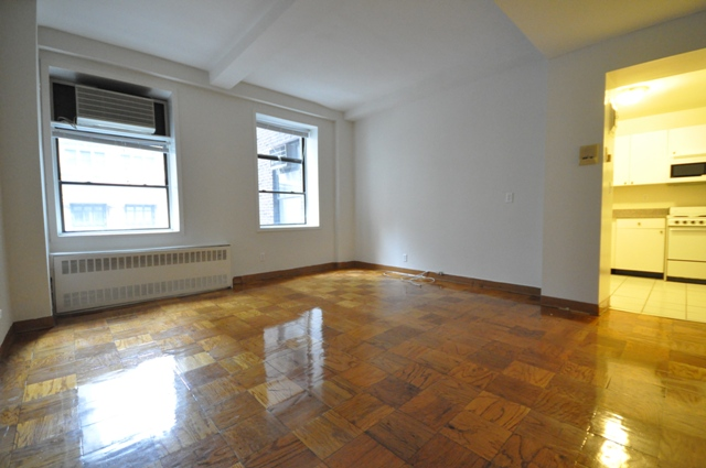 132 East 45th Street Apt. 6E 2.0