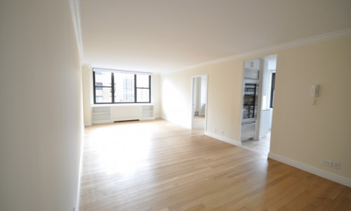 201 East 87th Apt. 19D